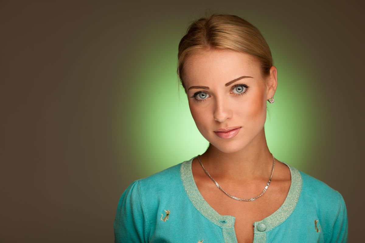 image of a lady green auras
